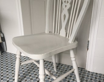 Vintage Hand Painted Wheel Back Dining Chairs