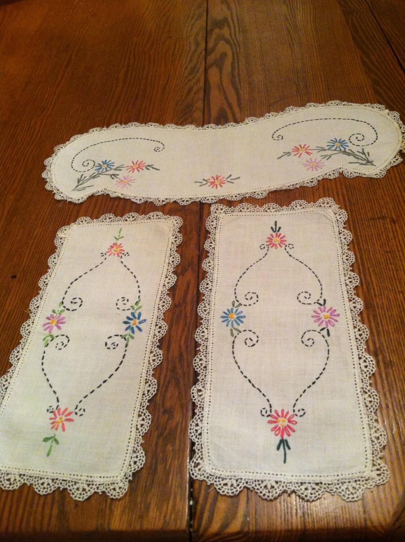 dresser scarves