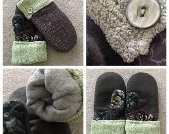 Handmade minty mittens