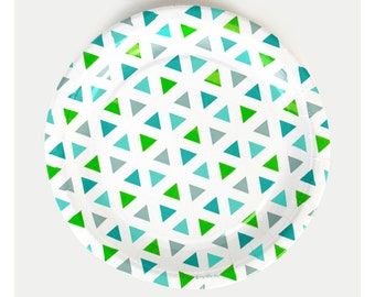 8 Green Triangles Paper Plates