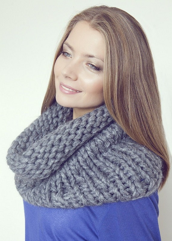 Grey Knitted cowl Circle Scarf Hand Knit , Knitted scarf LIC