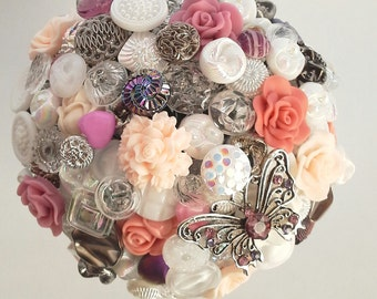 "Bridal bouquet from buttons ""Julia"""