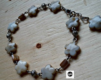 Beads Bracelet from ankle, mother-of-Pearl, metal, beige