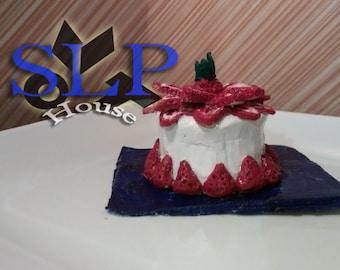 Dreamy strawberry cake