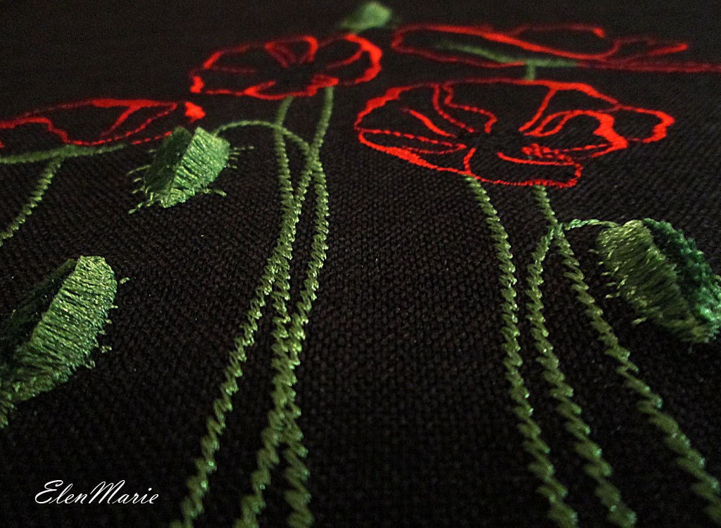 Machine embroidery design poppy velvet