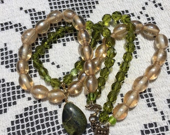 Green Beaded Necklace with Natural Stone, Vintage Glass and Natural Stone Beaded Necklace