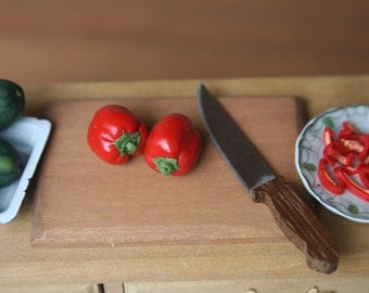 dollhouse miniatures food, red capsicums (bell peppers), 1:12 scale