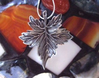 Leaf pendant,Sterling silver,Gift,hande made,oxidized