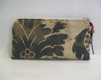 Modern Pouch - Upholstery Fabric - Pouch - Mettalic  pz39