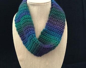 Light weight circular scarf