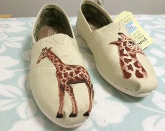 Giraffe - Hand Painted Toms