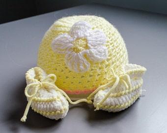 Vintage Infant Hat & Booties Set