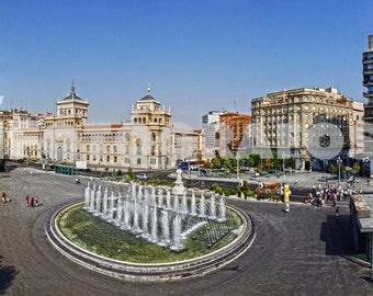 Photography of the Plaza Zorrilla from Valladolid, Spain