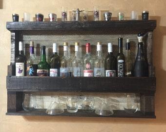 Wine rack with shelf
