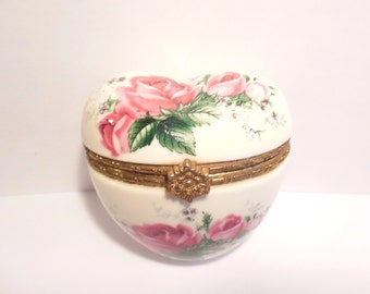 Vintage Heart Shaped Porcelain Trinket Box 1970's