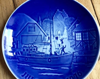 B & G Vintage Collector plate A Warm Welcome 1976