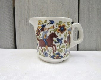 Villeroy and Boch creamer, Man on horse creamer, fox hunt creamer, old world design, Villeroy & Boch porcelain