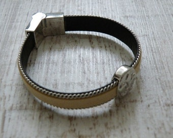 Artificial leather bracelet Brown