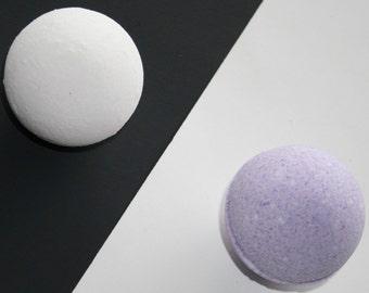 Lavender Bath Bomb - Handmade in USA Therapeutic Aromatherapy Bath Fizzy (3.5oz)