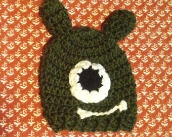 Newborn monster beanie