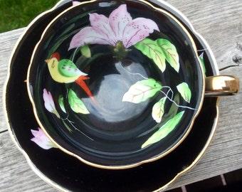 Birds! Elegant Chugai China Japan Teacup and Saucer No.2496
