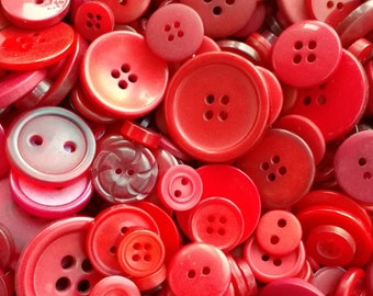 Mixed Red buttons, assorted sizes FREE postage