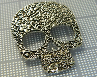 Decorative Silver Day of the Dead Skull Pendant - Dia de los Muertos Pendant Charm