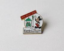 Vintage Disney Micky Mouse pin. Main Street USA pin. Disney fan pin. Main St. Disney resort pin. Disneyland Paris pin collectible.