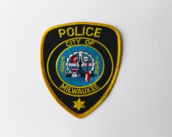 Vintage City of Milwaukee Police department patch. American Wisconsin Police department patch.