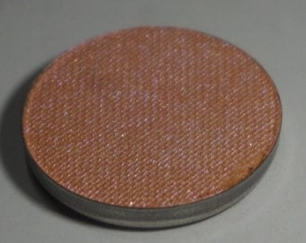 Cepheus Pressed Eyeshadow - Pinky Orange base with a lilac/pink Polychrome Shift