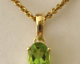 Genuine SOLID 9K 9ct YELLOW GOLD August Birthstone Peridot Pendant