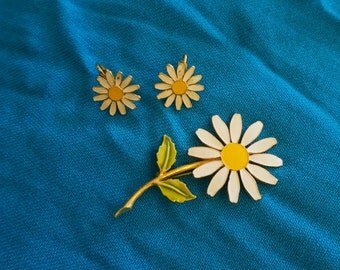 Vintage Daisy Jewelry Set