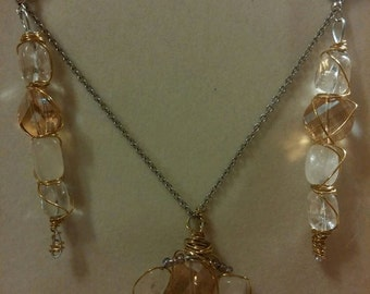 Completely handcrafted jewelry sets with Swarovski Crystal and Rich assembled with metal. Elegant!