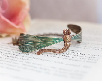 Outlander Inspired Dragonfly Brass Bracelet  - Bookish Gift - Book Lover Gift - Book Jewelry - Book Worm