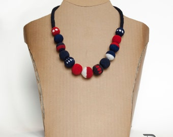 crochet necklace-red blue white