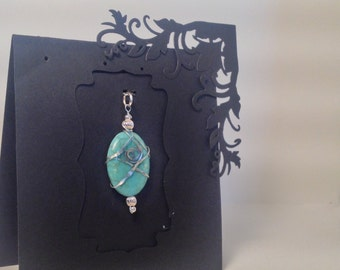 Hammered Wire wrapped stone pendant