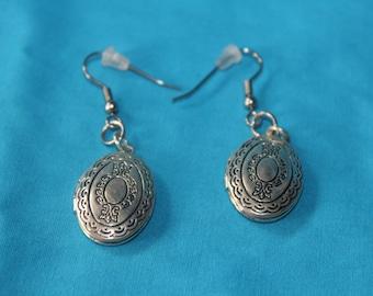 wire earrings lockets