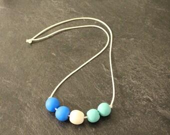 Beaded necklace (Ocean)