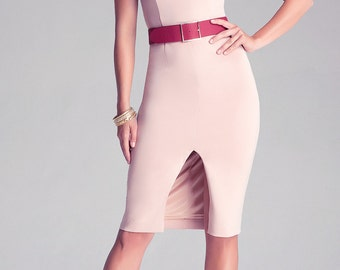 Womens dress with belt included