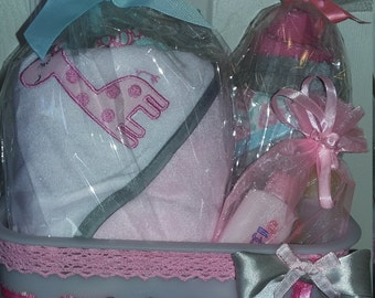 Baby Girl Gift Basket, Baby Girl, Baby Bath Set, Baby Shower Gift, Baby Towel Set