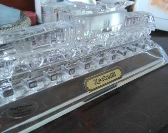 Hofbauer Krokodil Locomotive Crystal Paperweight
