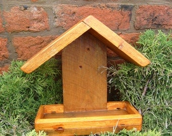 Bird table / Feeder, Shed, wall, Post surface mounting type.