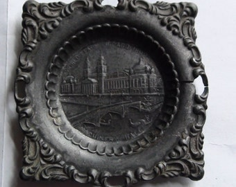 1892 Columbian exposition souvenir pin dish from Machine  hall