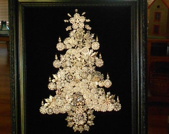 Silver Brooches Christmas Tree in a beautiful black glossy frame