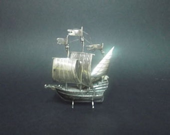 Boat, caravel, miniature silver (925 thousandths)