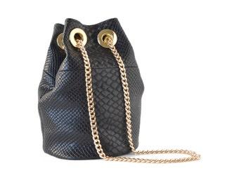 faux leather le petit bucket handbag