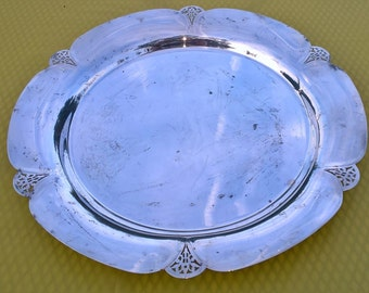 "Vintage Wm rogers 1930's silver plated round platter/ 14"" diameter"