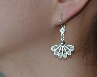 Filigree dangle silver earrings