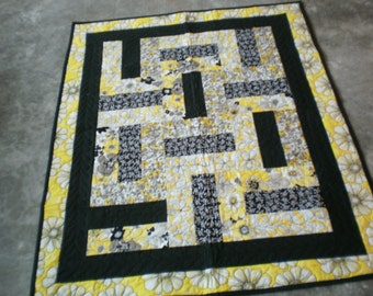 Yellow and Black throw