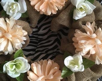 WREATH burlap with flowers